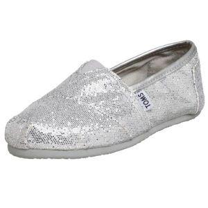 silver sparkle toms shoes 7.5w